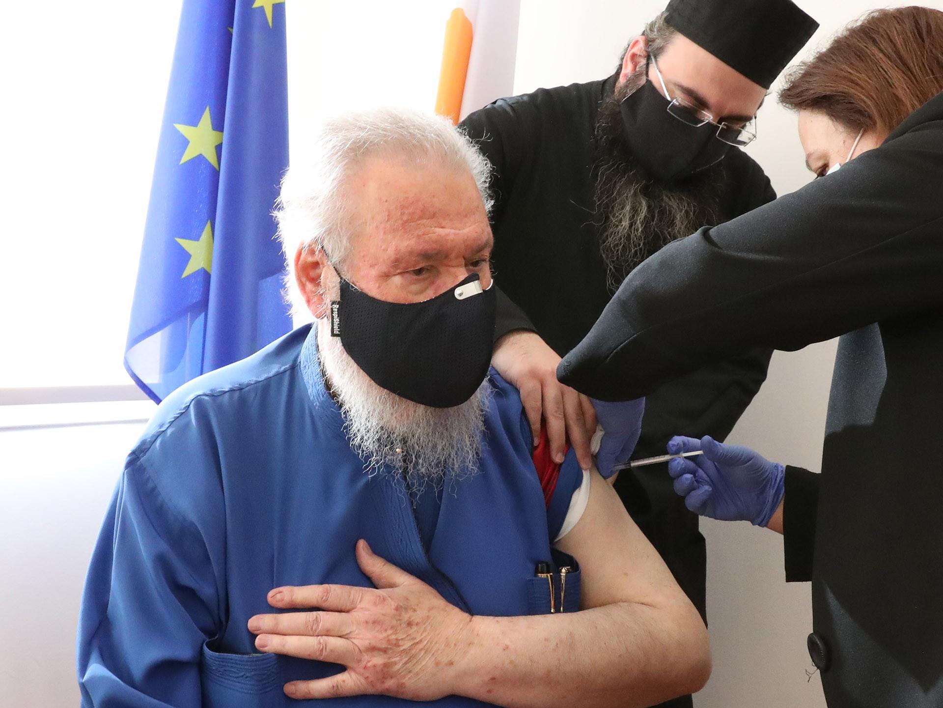 COVID19: Τέσσερις θάνατοι και 907 περιπτώσεις υποδηλώνουν νέο κλείδωμα στην Κύπρο