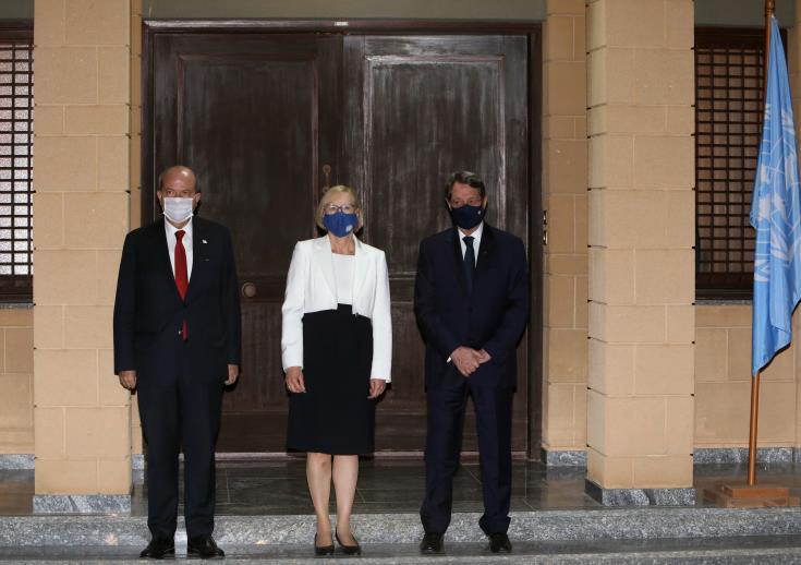 Η Μοscow ελπίζει ότι η σύνοδος κορυφής της Γενεύης θα ξαναρχίσει τις συνομιλίες της Κύπρου